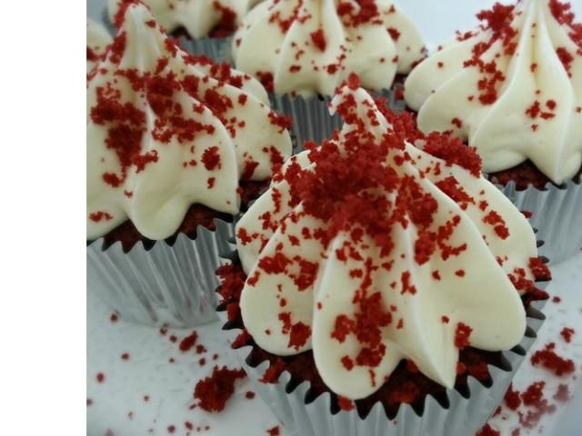 Gluten Free Luscious Red Velvet Cupcakes Nakara