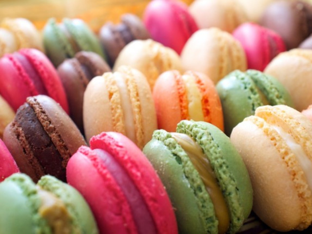 Box of Heavenly Macarons - available in 5 flavours Bondi