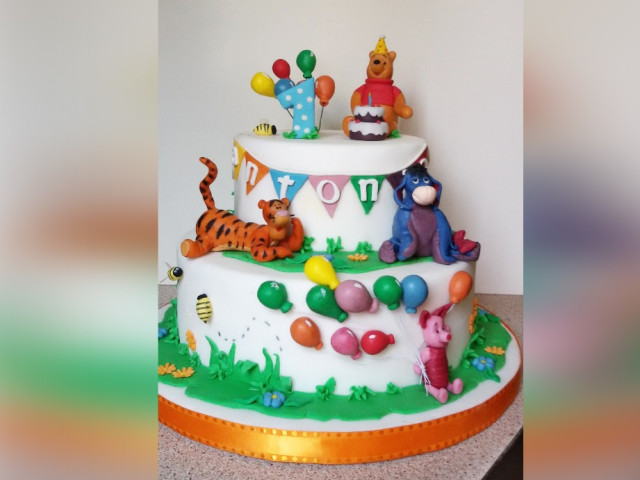 Winnie the Pooh and Friends Cake Croydon Park