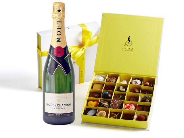 Moet & Chandon and Gift Box 25 piece Wyong