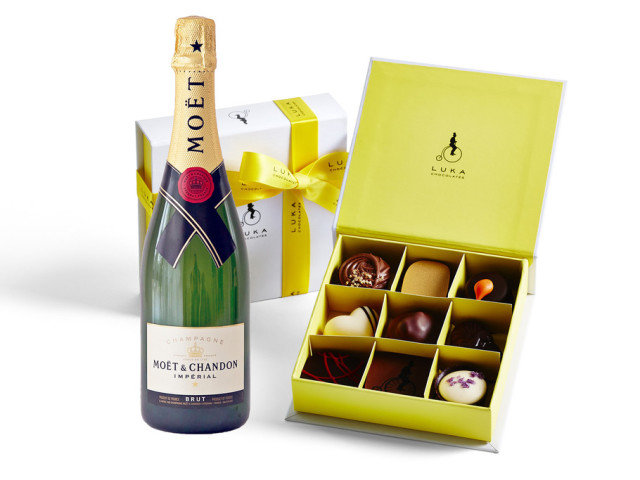 Moet & Chandon and Gift Box 9 piece Wyong