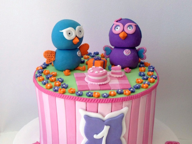 Cute Owls 3D Birthday Cake Marrickville
