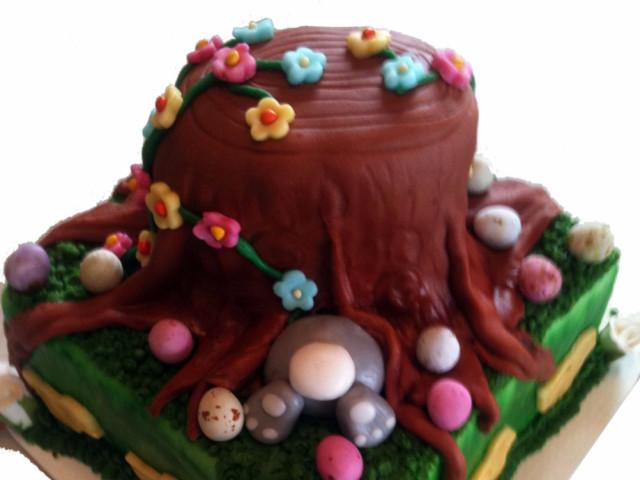 Tree Trunk 3D Cake Marrickville
