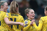 Women's FA Cup: Arsenal beat West Ham...