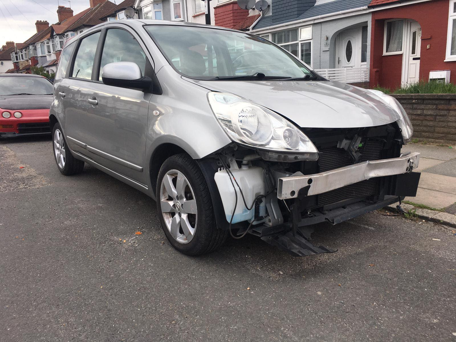 sold Nissan note accenta