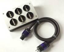 Furutech e-TP60E-R Netzleiste inkl. Netzkabel FP-314Ag-R
