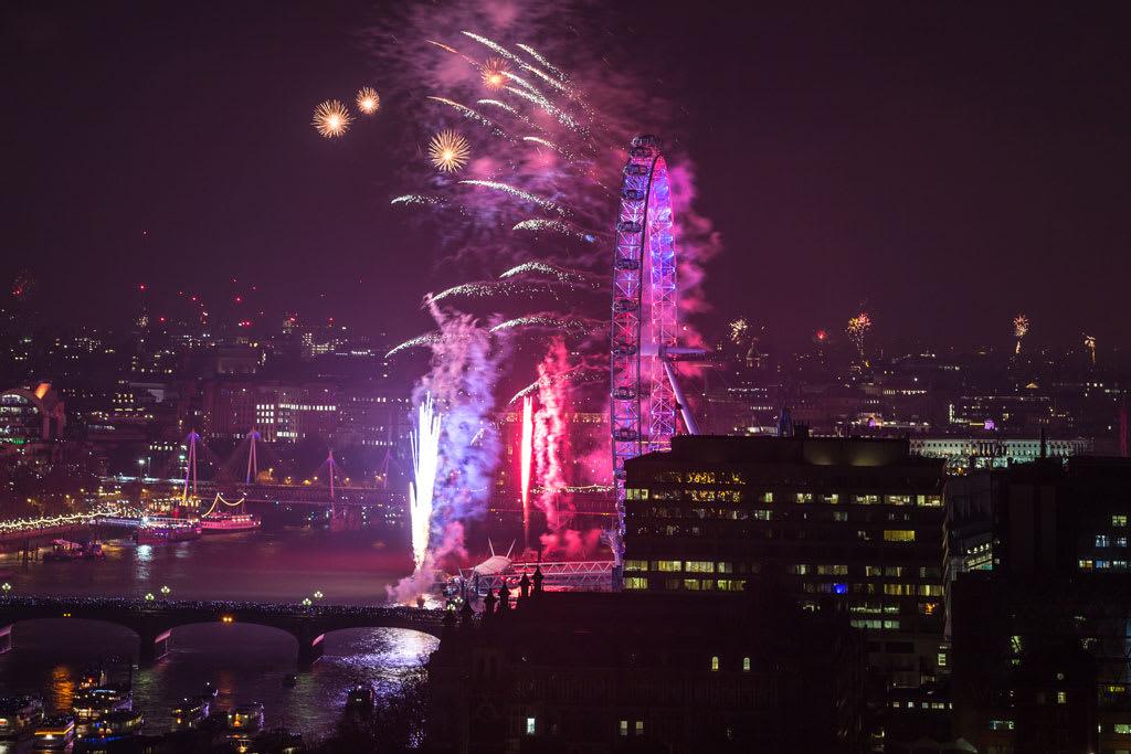HLP_REM_170101_50289-1024x683 New Year Fireworks Spectacular