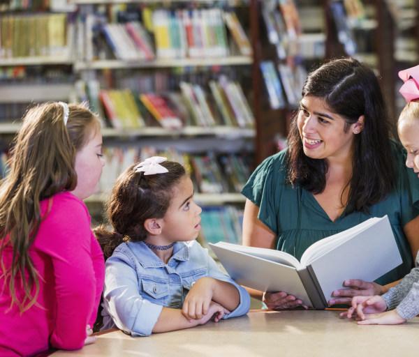 Best Online Associate in Early Childhood Education Programs