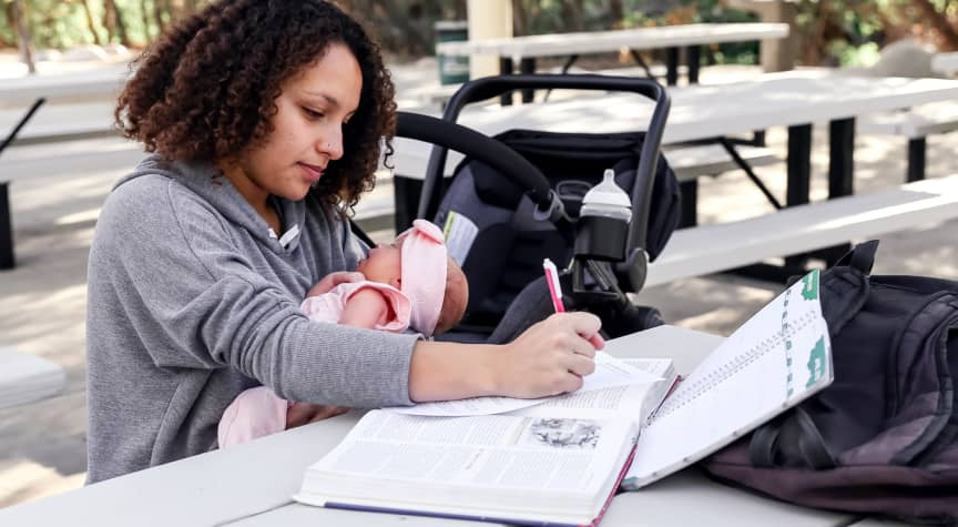 8 Tips for Balancing College, Work, and Childcare