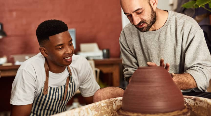The 4 Biggest Benefits of Art Internships and Fellowships