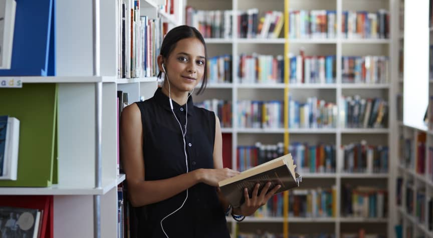 Top 10 Books for Undocumented Students
