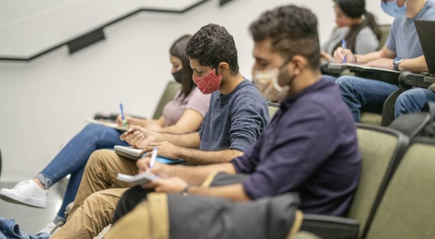 COVID-19 Slashes Community College Enrollment