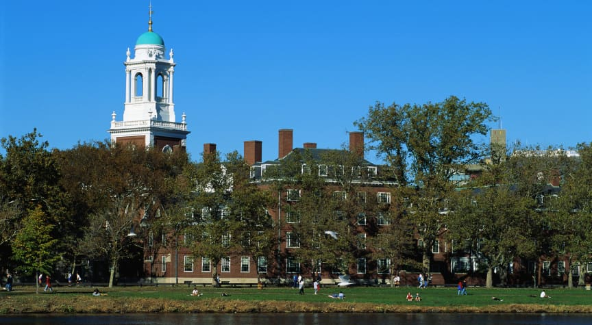 Do College Waitlists Favor the Wealthy?