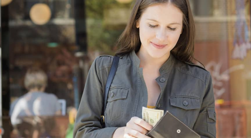 7 Useful Budgeting Tips for First-Year College Students
