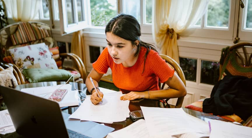 6 Essential Tips for Students Taking Online Courses This Fall