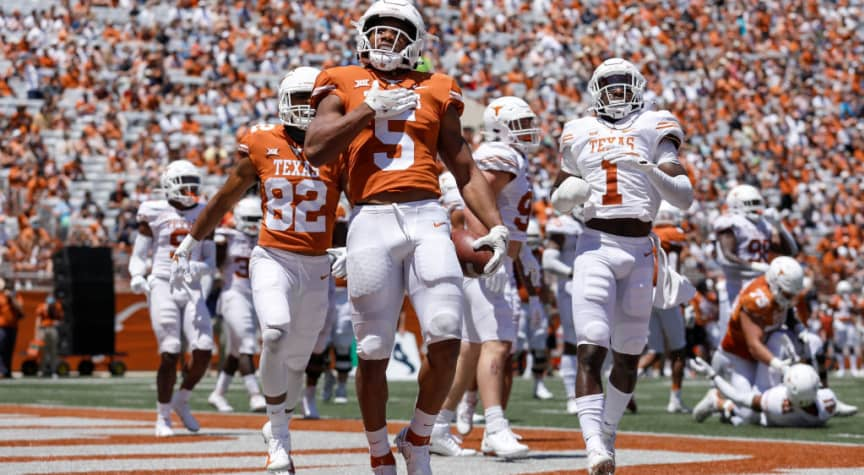 Texas and Oklahoma Seek to Quit Big 12, Shaking Up College Sports