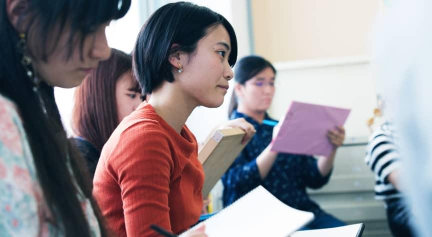As College Gender Gap Widens, Gender Pay Gap Slowly Shrinks