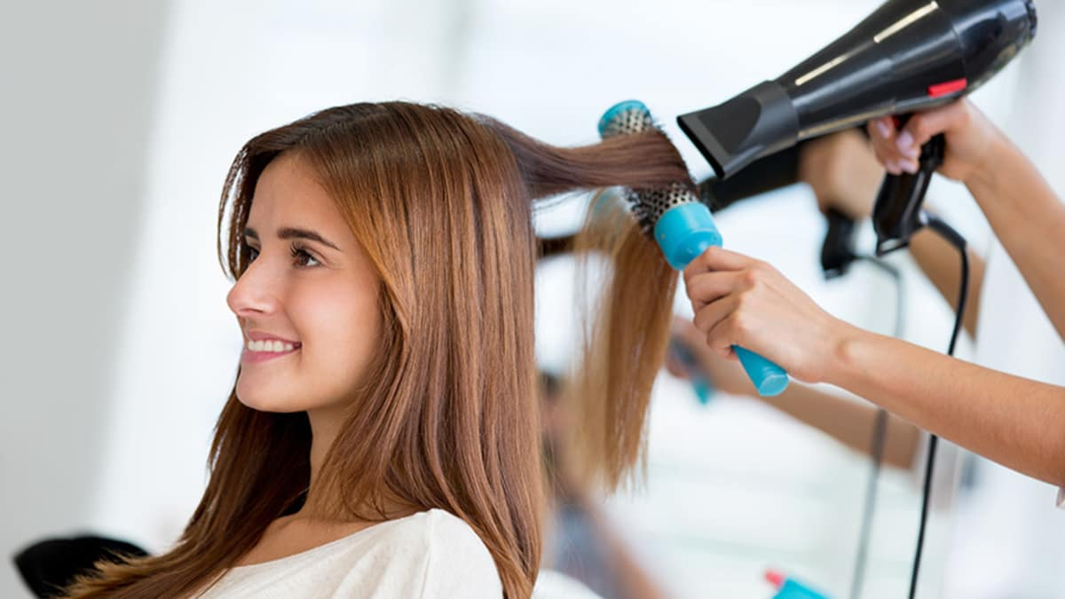 50 Best Beauty Cosmetology Schools Find Programs Licensing Info