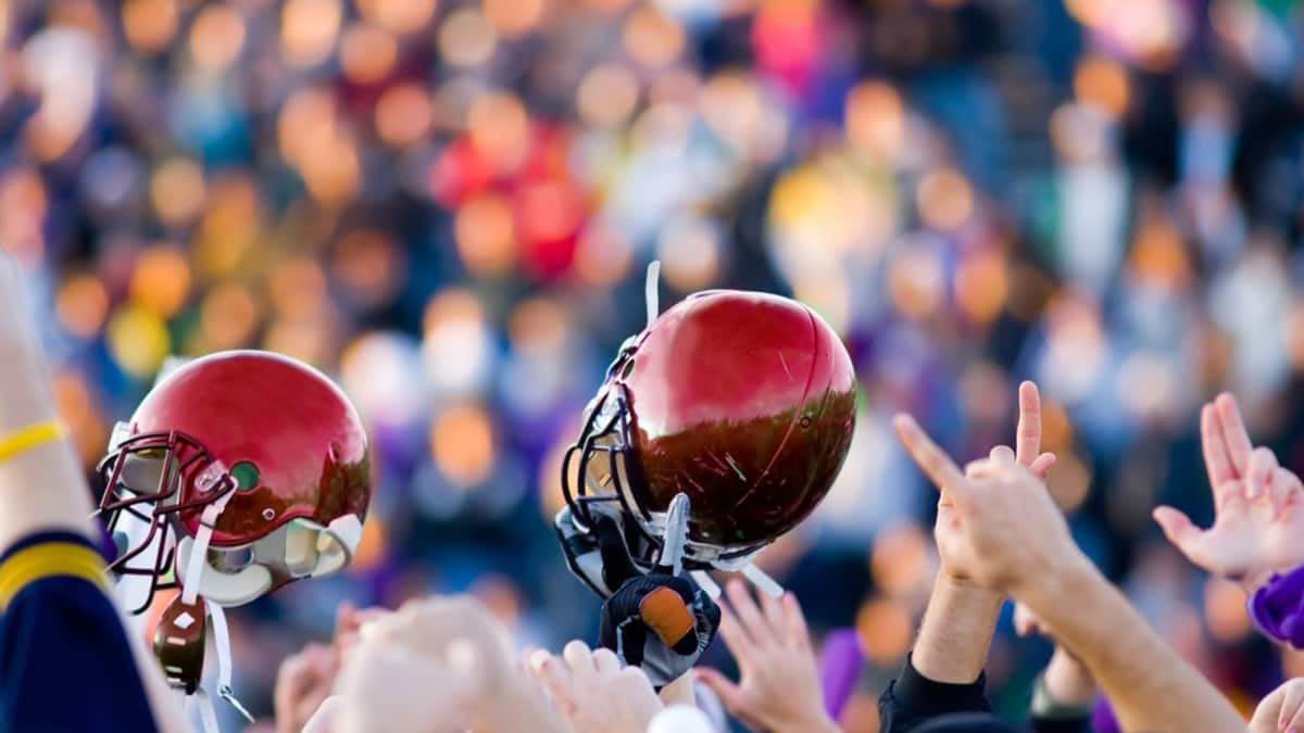 Colleges With The Best Football Teams