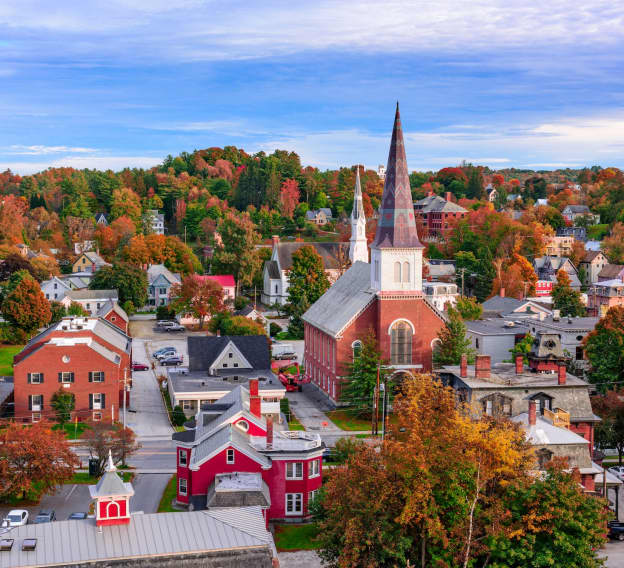 Hero Image - The Best Online Colleges in Vermont