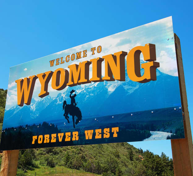 Hero Image - The Best Online Colleges in Wyoming