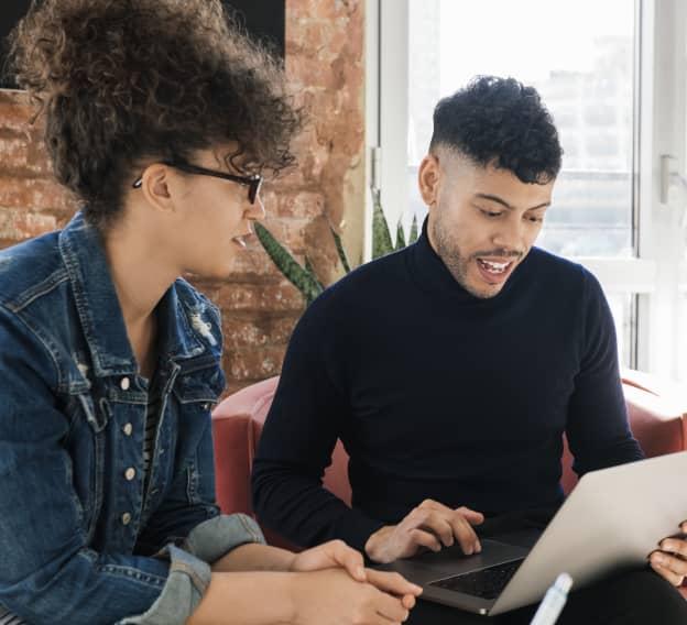 Hero Image - Best Online Bachelor's in Internet Marketing Programs