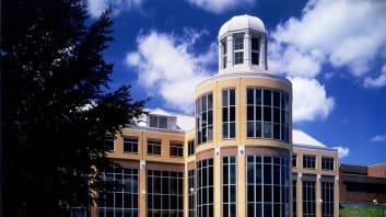 Campus Image: Robert Morris University–RMU Online