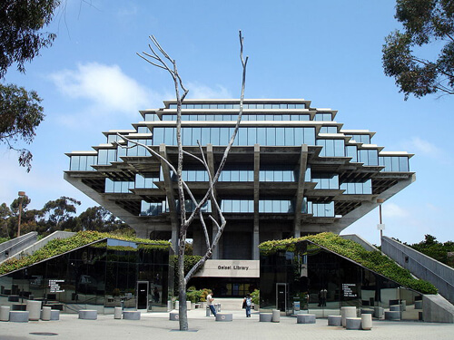 35-University-of-California-San-Diego-Geisel-Library-San Diego-California-USA