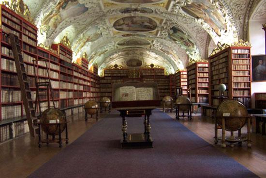 21-strahov-monastery-library