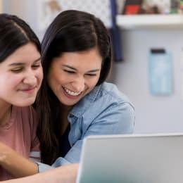 Ayuda financiera para estudiantes indocumentados