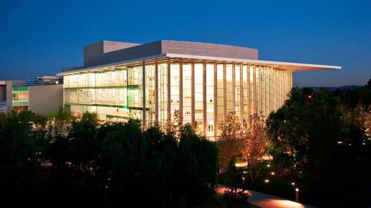 California State University--Northridge, Valley Performing Arts Center