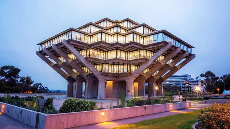 University of California-San Diego, Geisel Library