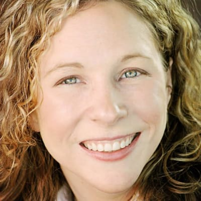 portrait of Heather Mullinix
