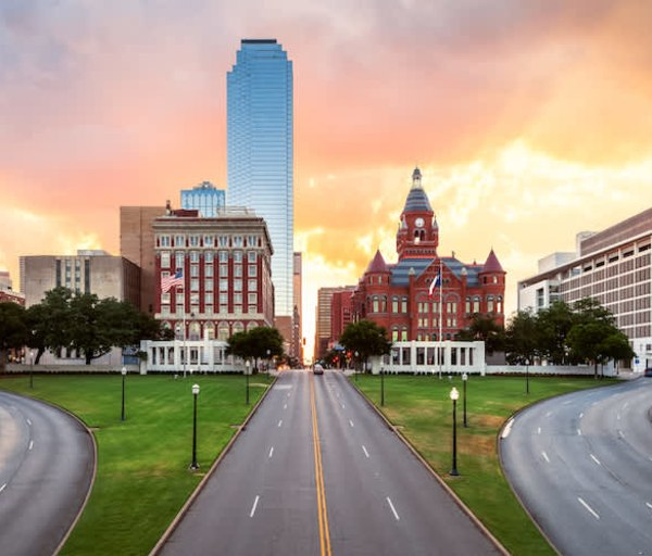 Become a Nurse in Texas: Requirements, Licensing, and Employment Outlook