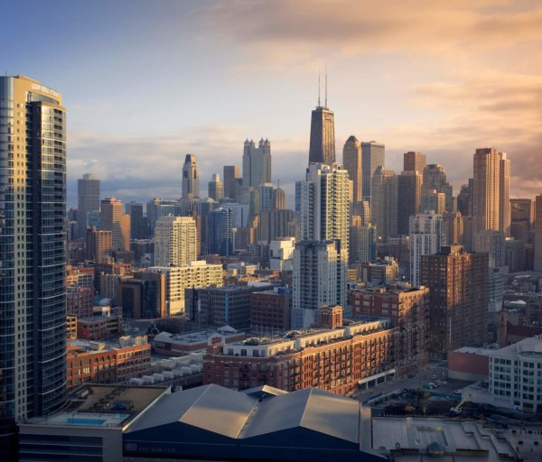 Become a Nurse in Illinois: Requirements, Licensing, and Employment Outlook
