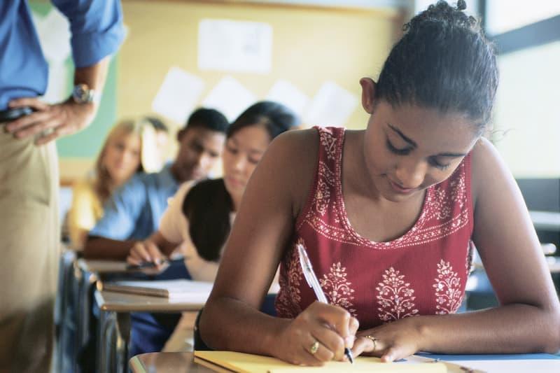 10 Ways High School Students Can Prepare for Nursing Careers