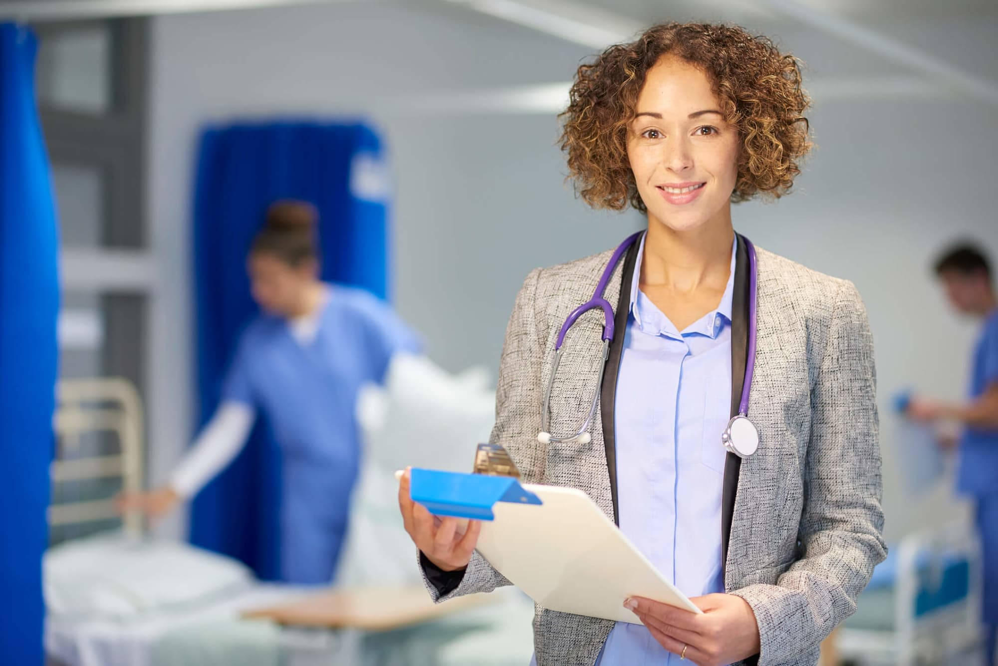 Becoming a Nurse Practitioner vs. a Doctor: What Are the Differences?