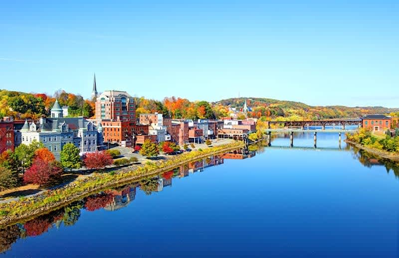 Hero Image Accounting Degree Overview for Maine
