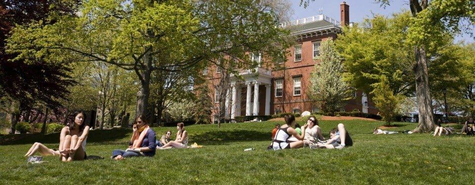 Tufts arts programs