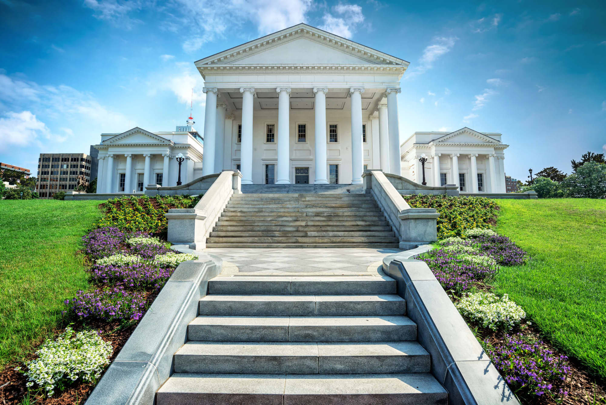 Become a Nurse in Virginia: Requirements, Licensing, and Salary Outlook