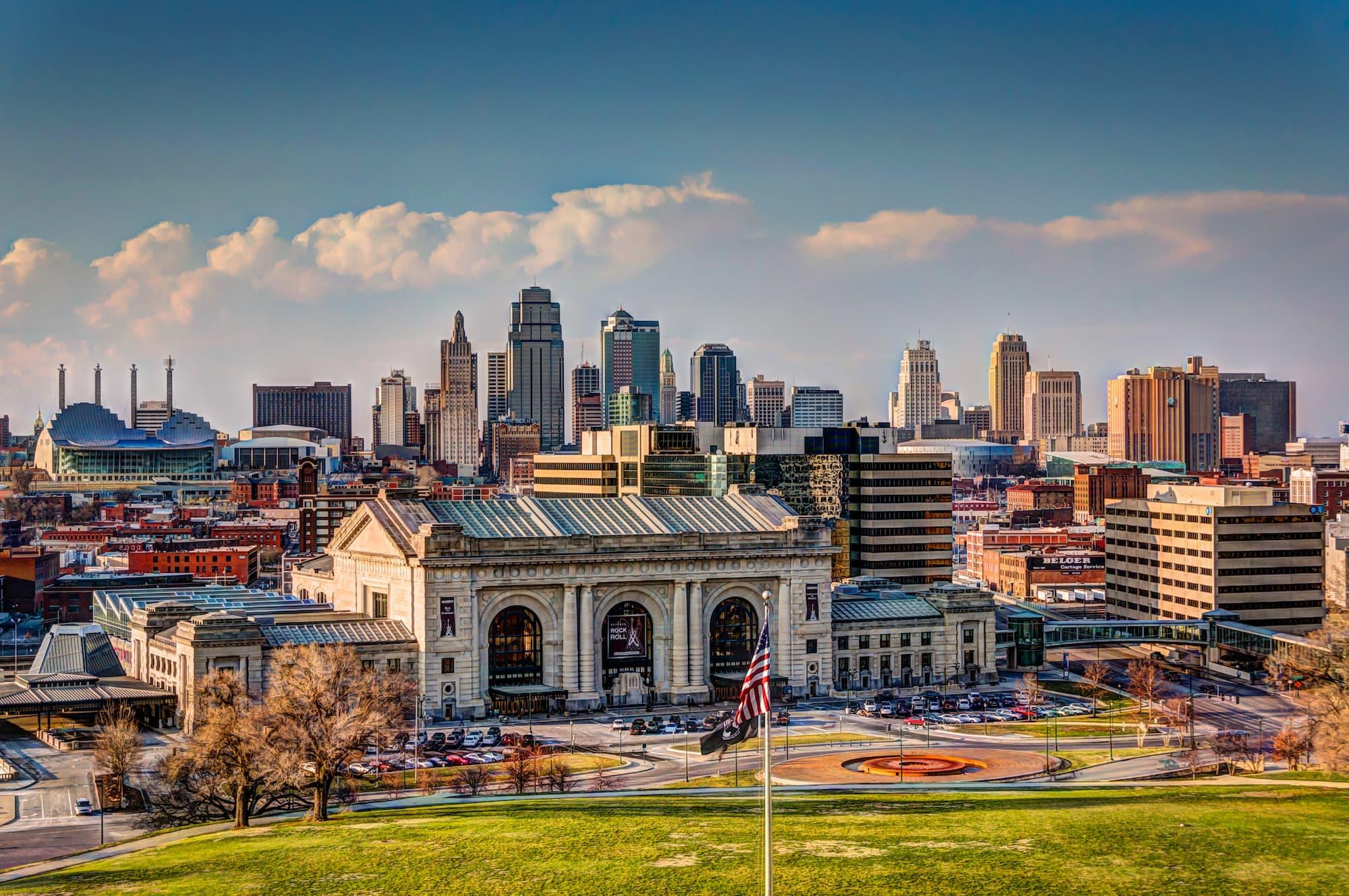 Hero Image Online Psychology Degree Programs in Kansas