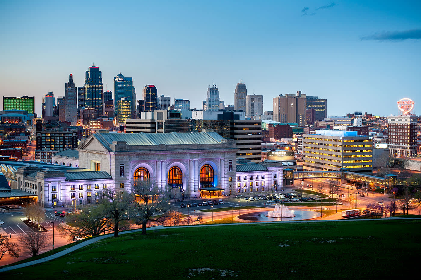 Online NP Programs in Kansas