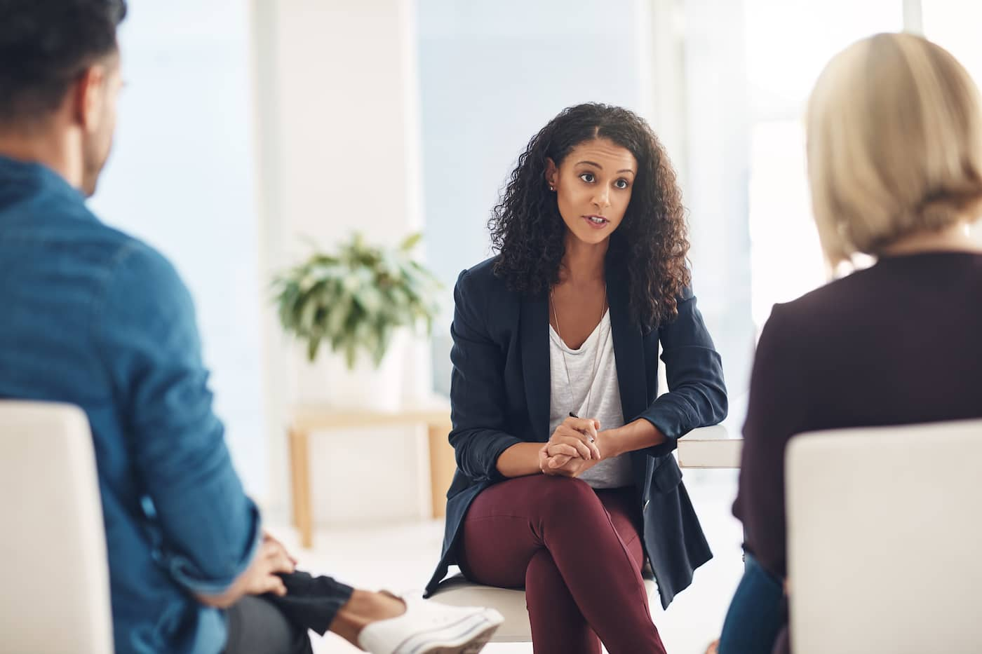 What is the Difference Between a Psychotherapist and a Clinical Psychologist?