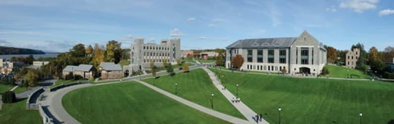 Marist College Campus Green - Grad School Hub