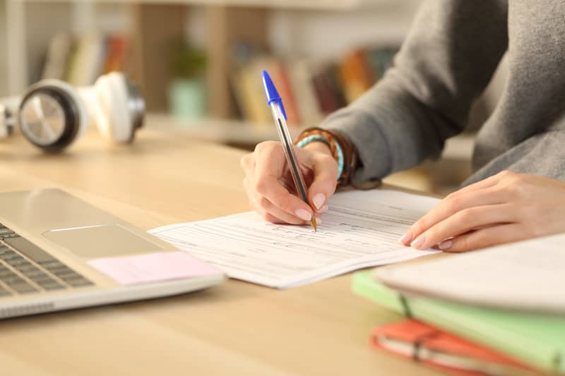 Nursing Scholarships and Grants 2021