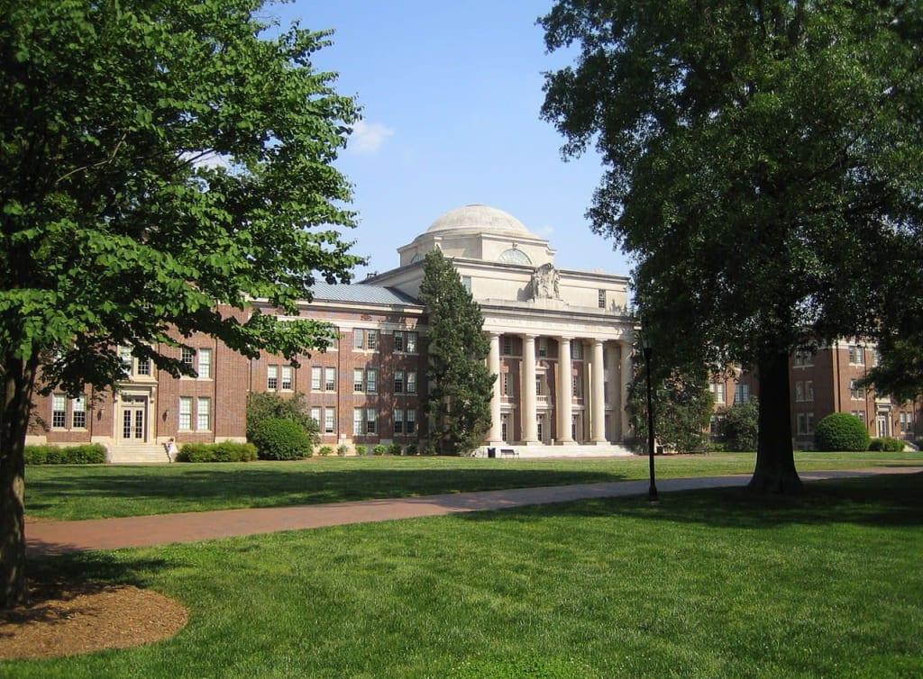Davidson College science programs