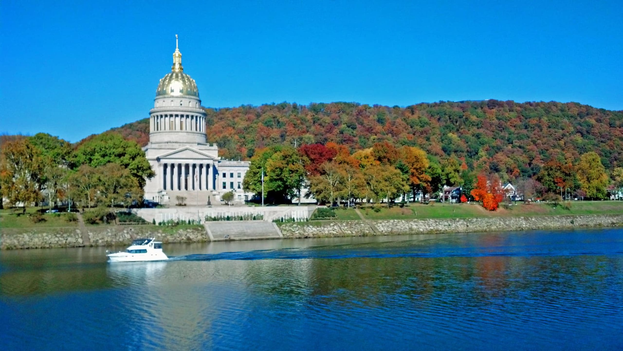 Hero Image Accounting Degree Overview for West Virginia
