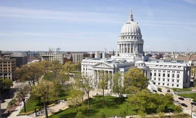 Online Colleges in Wisconsin