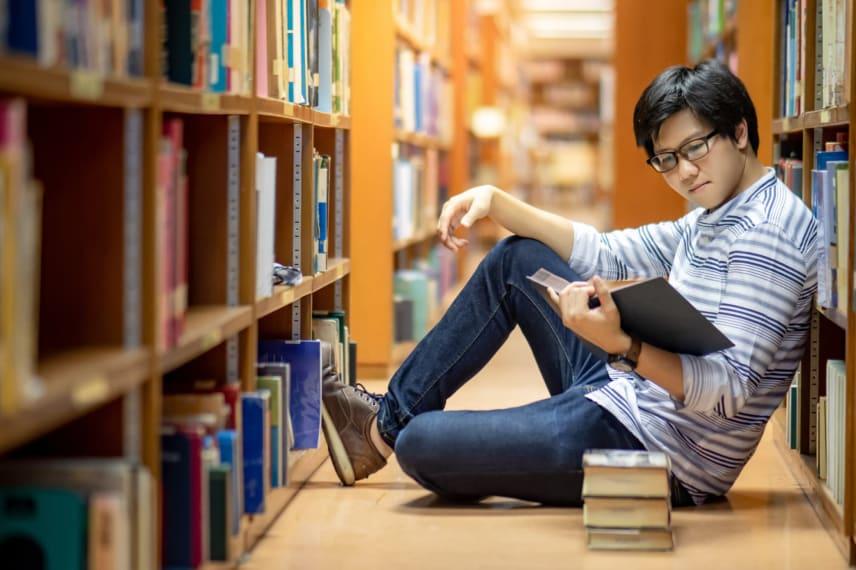 Best Online Master's in Philosophy Programs 2021