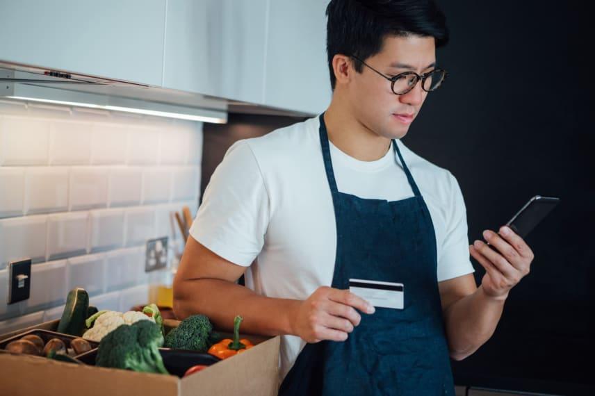 Cash, Card, or App: The Psychology of Spending